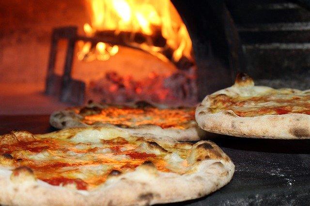 pizza_pec_letna_kuchyna